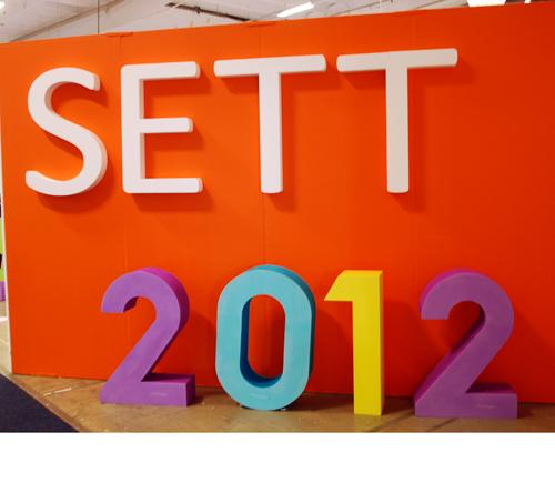 Skylt där det står Sett 2012.