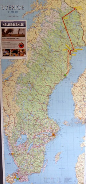 Sverigekarta på vägg.