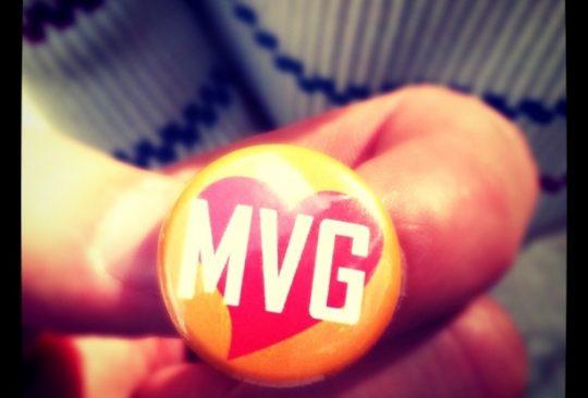 Knapp som det står MVG på.