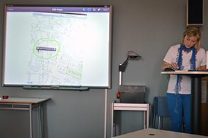 Annelie Medoc framför sin presentation.