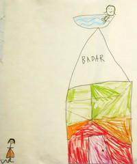 Teckning där flicka badar högst upp på hus.