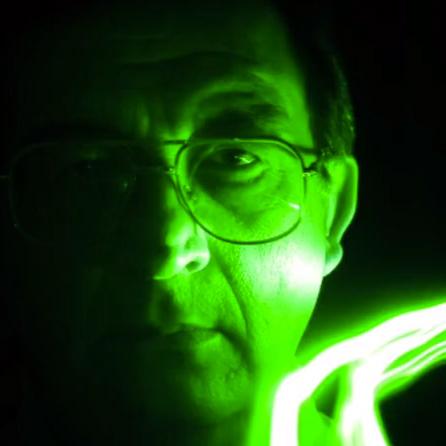 Man står i grönt ljus.