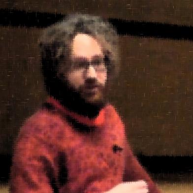 Simon Lindgren föreläser.