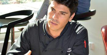 Enrique i restaurang.