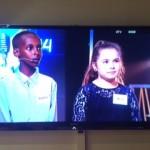 Ibrahim och Mina på tv.