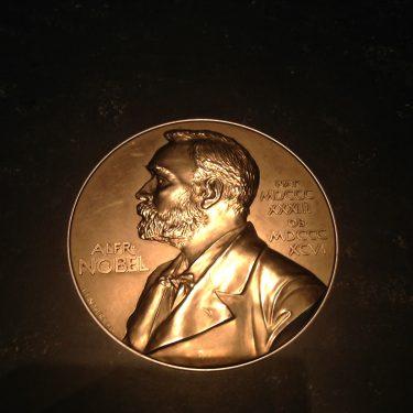 Nobelmedalj.