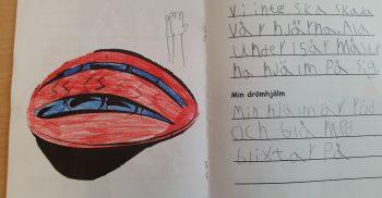 Barns text och bild av hens drömhjälm.