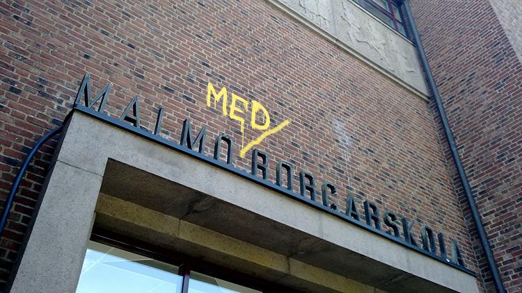 Entre till Malmö borgarskola.
