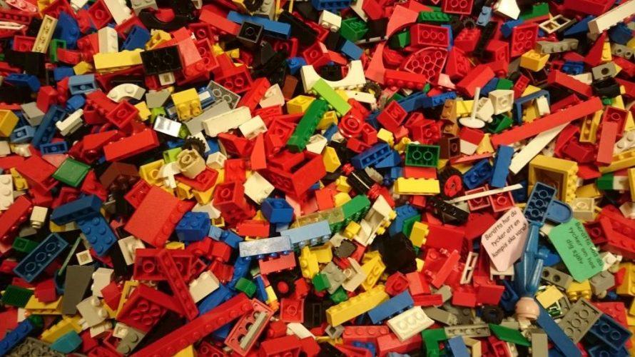 Legobitar.