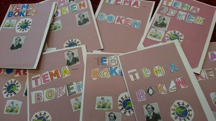 Färglagda bokstäver som bildar ordet Temaboken.