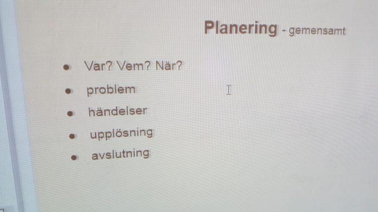Planering står på datorns skärm.