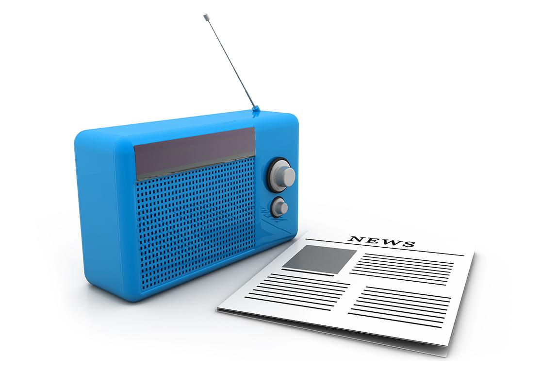 News står på tecknat papper och med blå radio vid sidan.