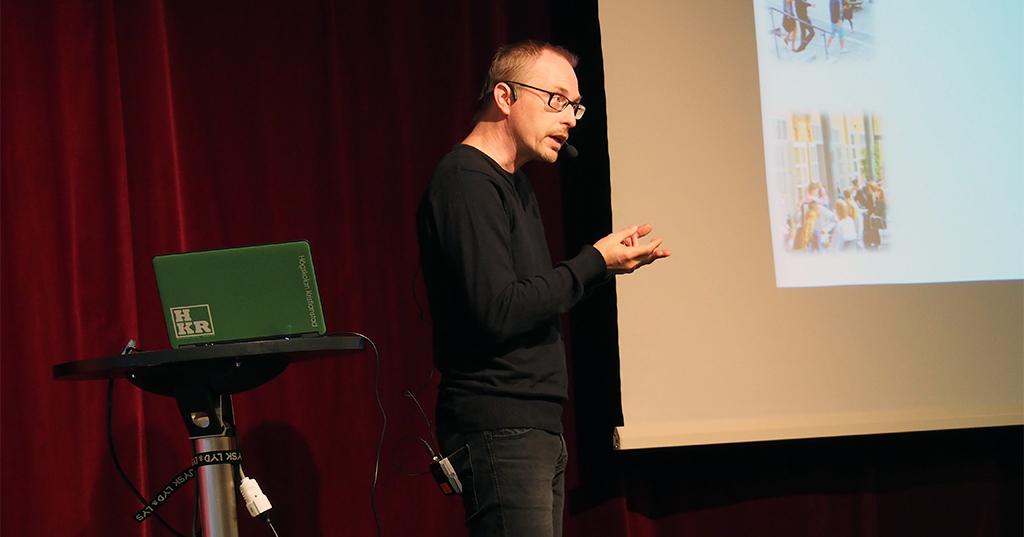 Andres från Högskolan Kristianstad föreläser.