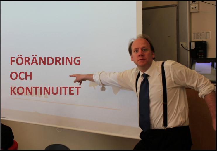 Björn Westerström pekar på tavla.