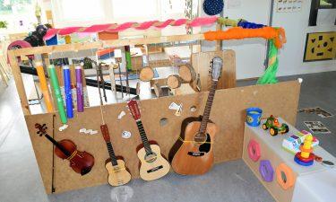 Musikinstrument på avdelningen för de yngsta barnen på Hammarhajens förskola.