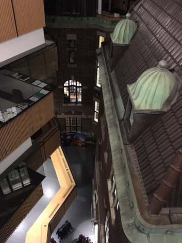 Interiör av byggnad.