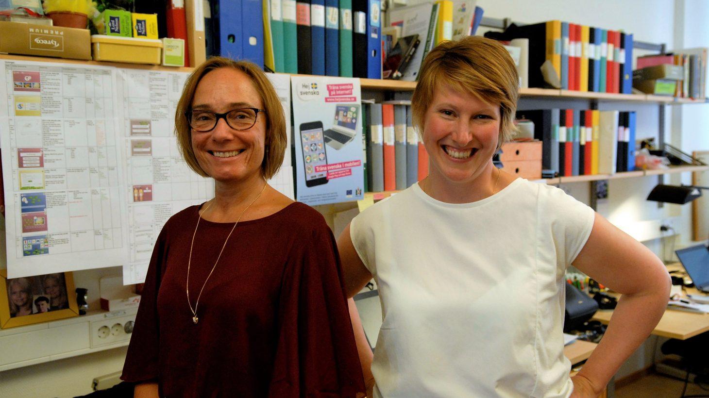 Annika Hansen och Malin Hoff på sitt kontor.