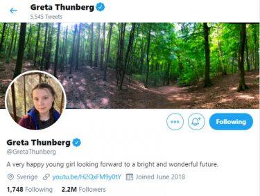 Greta Thunberg anekterar Donald Trump förminskande omdöme som twitterbio.
