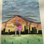 Teckning där flicka lyfter på en blå himmel för att hitta rykande fabriker bakom.