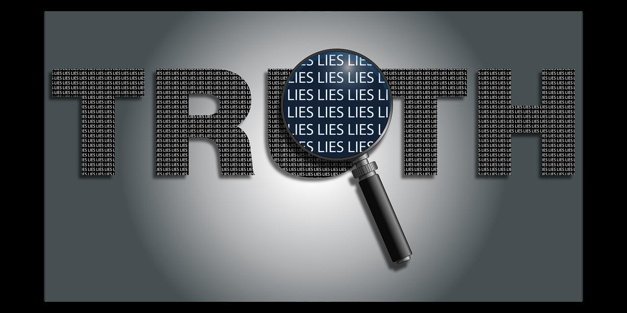 Förstoringsglas zoomar in på ordet truth.