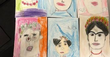 Barns teckningar föreställande Frida Kahlo.
