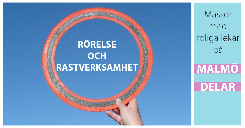 Bilden visar ett frisbee mot en blå himmel