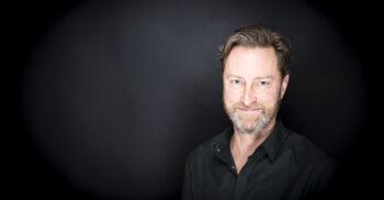 Porträttbild på Jens Ideland.