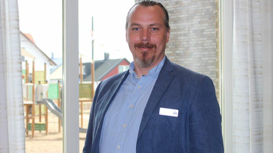 Porträttbild Tony Strömstedt, rektor på Geijerskolan.